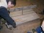 Rozebírání předního povozu a louhování lavic